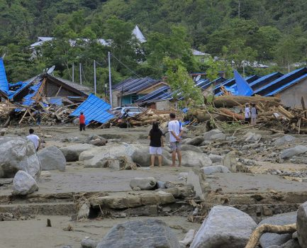 Raising funds for victims of flood in Papua